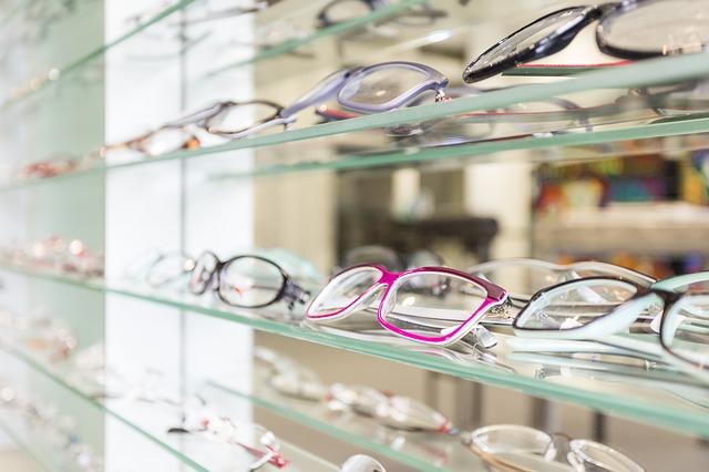 הסרת משקפיים