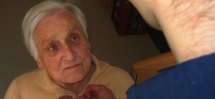 מטפל בקשישים – כיצד מוצאים