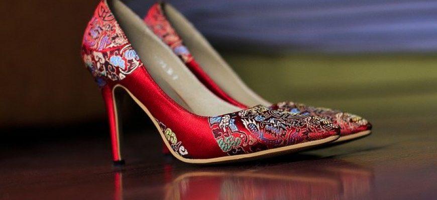 איך אפשר לבחור נעליים מתאימות באינטרנט?
